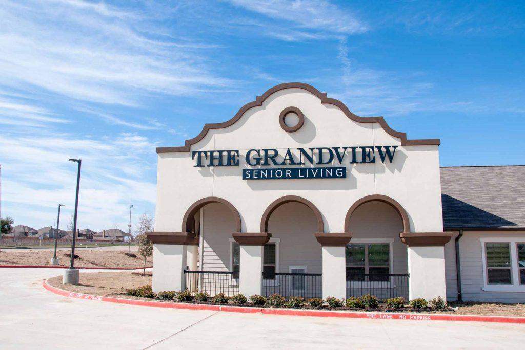 Grandview apartment sign