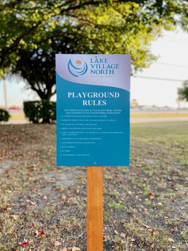 8 Playground rules sign